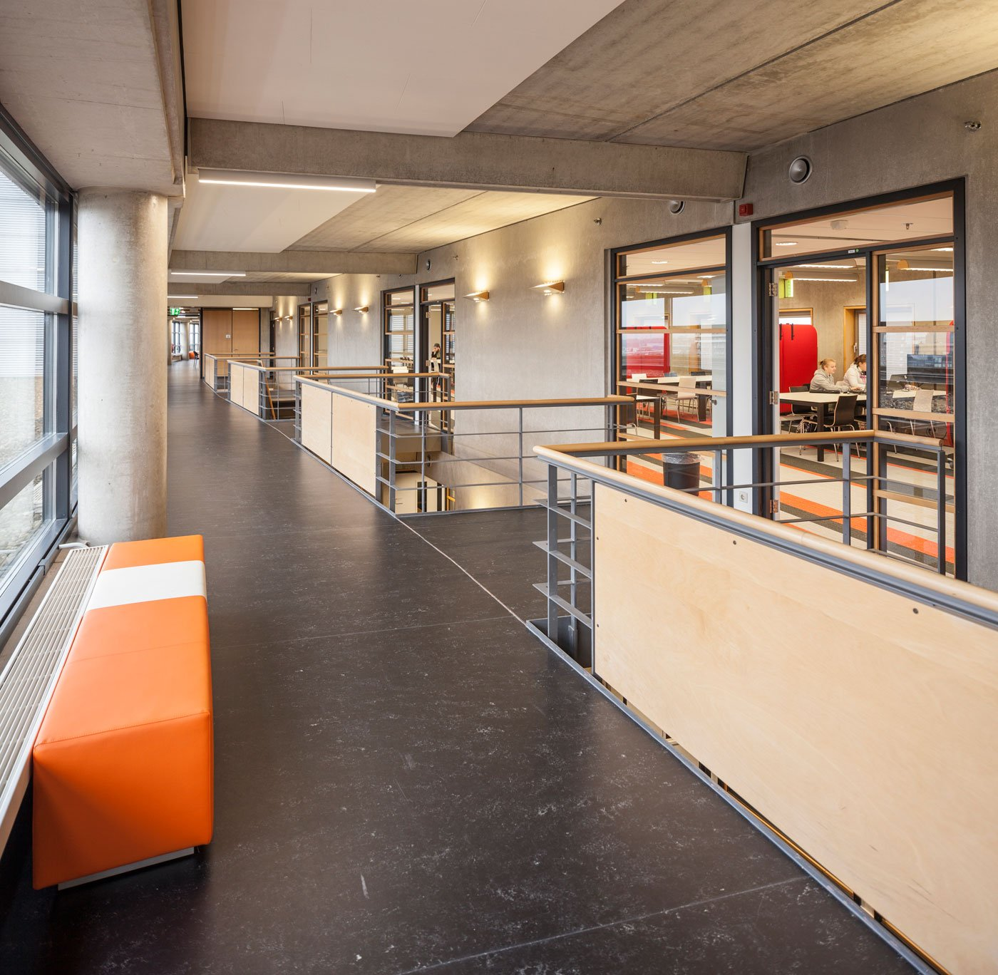 Design Bank Oranje.The Hague S Working Method Applied To An Educational Complex Iaa