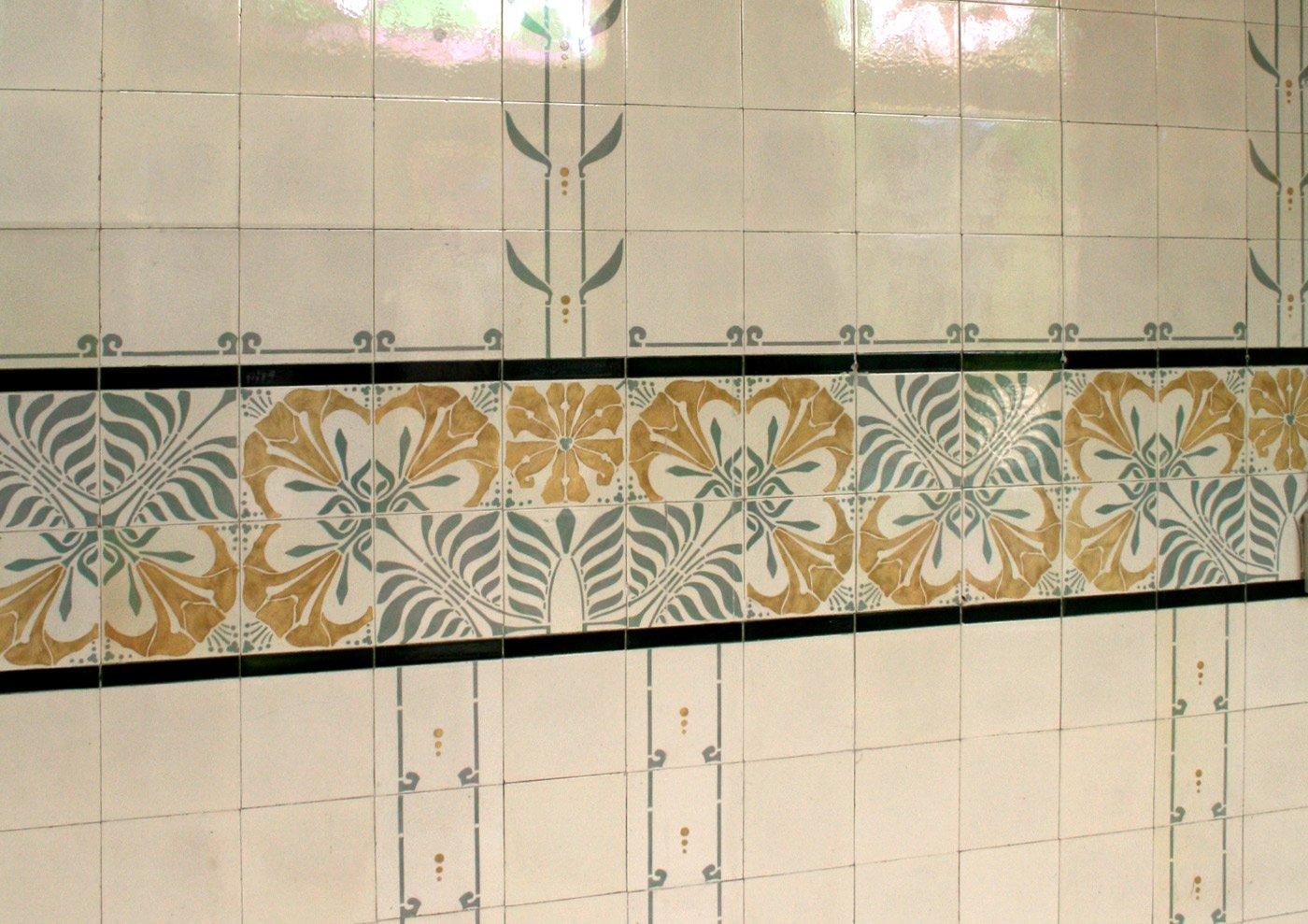 Tegels in badkamer Villa Serphos